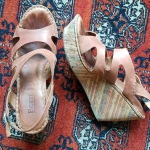 Born Platform Wedge Sandals, size 9
